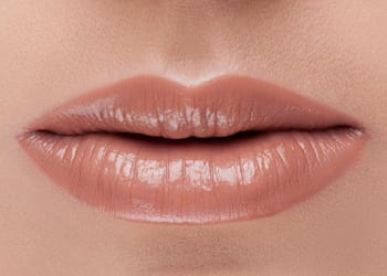 Moisturised natural looking lips