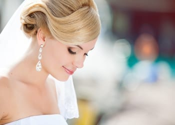 A beautiful bride with subtle, natural looking makeup
