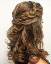 Hair layered waves and loose curls