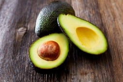 avocado to help glowing skin