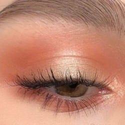 Peach eyeshadow