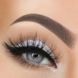sparkly eyeshadow makeup look